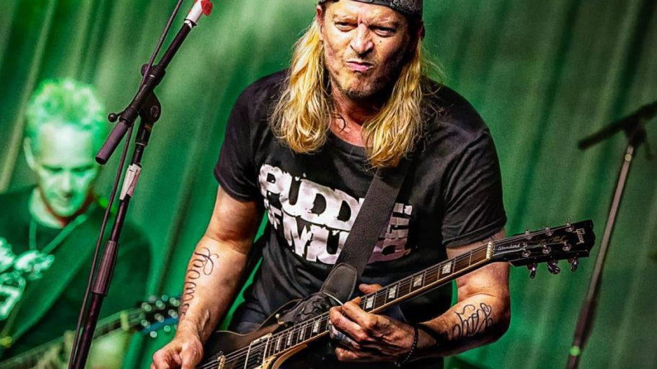 Puddle of Mudd's first original album in a decade is 'coming